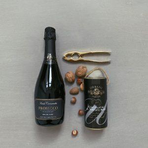 truffle wine wein Nüsse